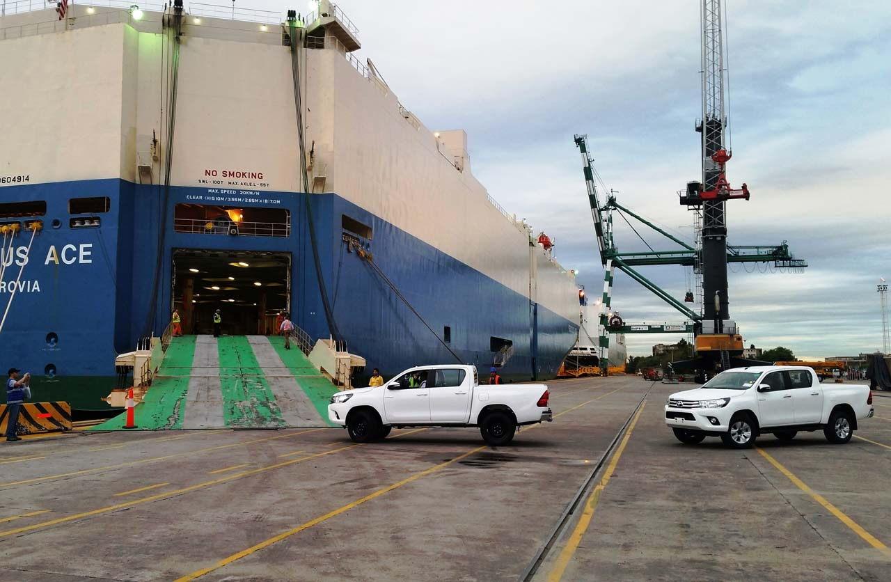 Toyota Hilux for export