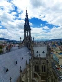 02-QuitoBasilica12