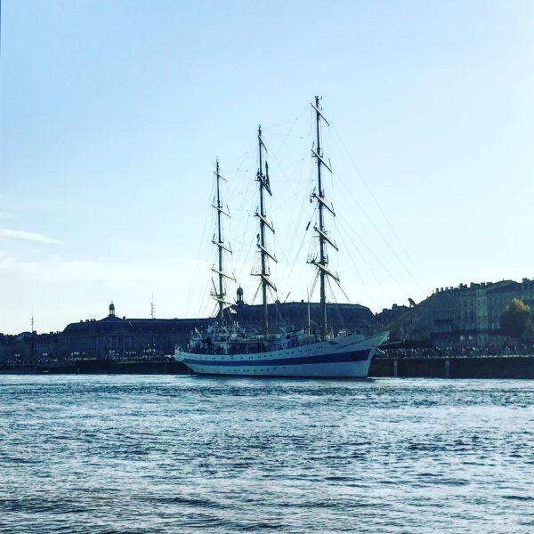 una nave a bordeaux tra le cose da fare