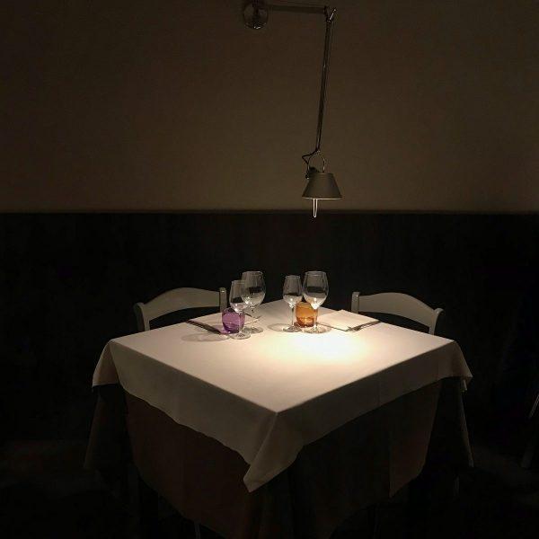 Un tavolo da Manna Milano