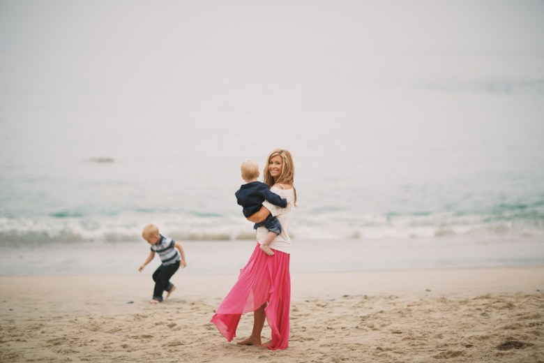 Wallace Family; Beach photos, playing in the sand