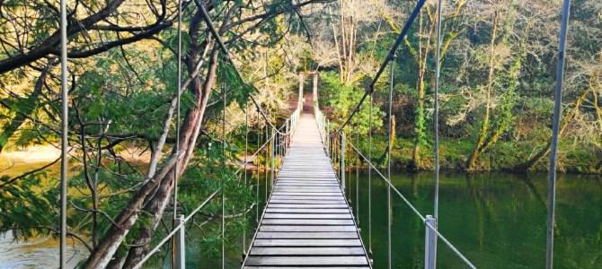 La Galicia de los puentes colgantes y otras maravillas… Ruta desde el Puente medieval de Comboa hasta el Colgante de Soutomaior