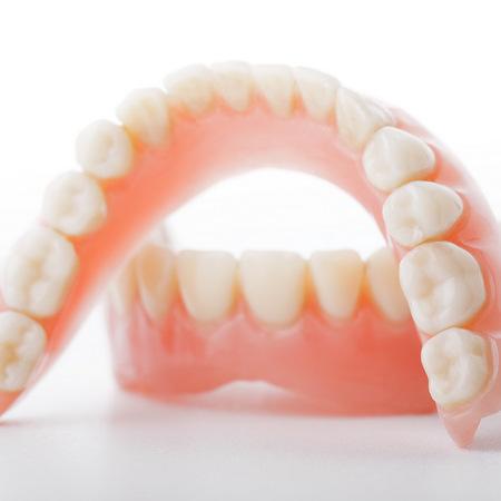 入れ歯とは