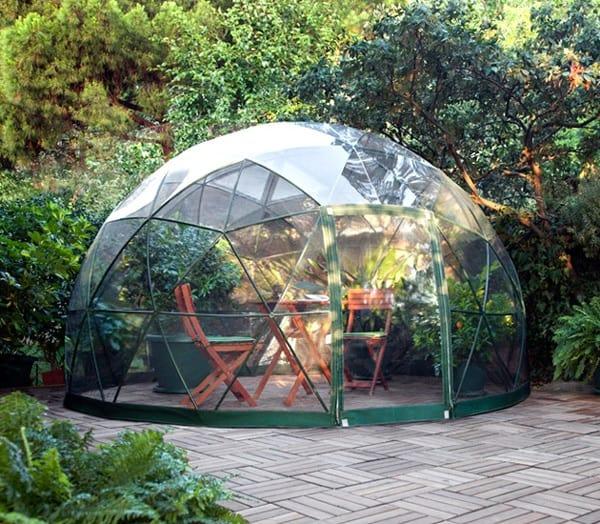 Le Garden Igloo est un abri de jardin design et moderne
