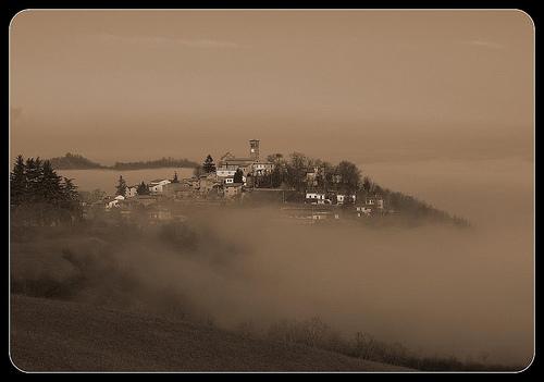 浓雾,RossoGialloBianco拍摄