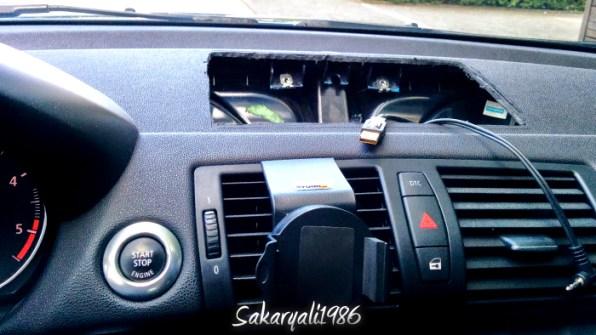 Vorbereitung auf den Einbau des NEXUS 7 Tablets beim BMW 1er E87
