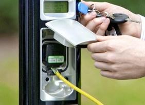 Ladestationen für Elektromobile schaffen die notwendige Infrastruktur. Foto: smart