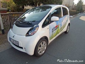 Dies ist das Elektroauto i-MiEV von Mitsubishi
