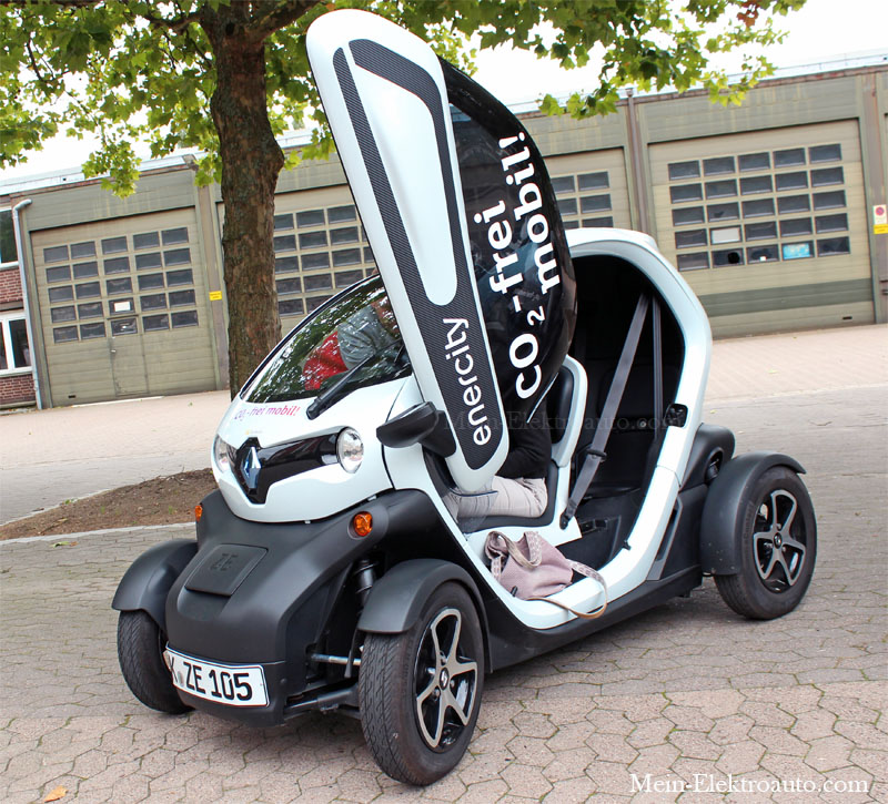 elektroauto renault twizy in hannover mit offender t r. Black Bedroom Furniture Sets. Home Design Ideas