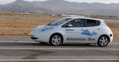 Symbolbild. Nissan Autonomous Drive - das Roboterauto von Nissan. Hierbei handelt es sich um ein zum autonom fahrenden PKW umgebautes Elektroauto Nissan Leaf... Bildquelle: Nissan