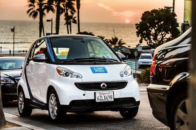 Den car2go Carsharing-Dienst gibt es nun auch in Los Angeles, über car2go kann man den smart fortwo mieten. Bildquelle: Daimler/car2go