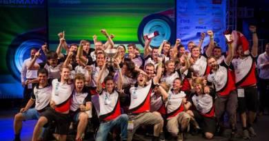 Siegerteam der ETH Zürich. Copyright FSG/Kroeger (08/2014)