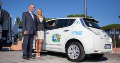In Rom wird das Elektroauto Nissan Leaf als Taxi eingesetzt. Bildquelle: Nissan