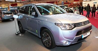 Plug-In Hybridauto Mitsubishi Outlander PHEV