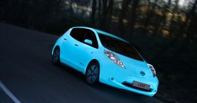 Das Elektroauto Nissan Leaf kann auch im Dunkeln leuchten. Bildquelle: Nissan