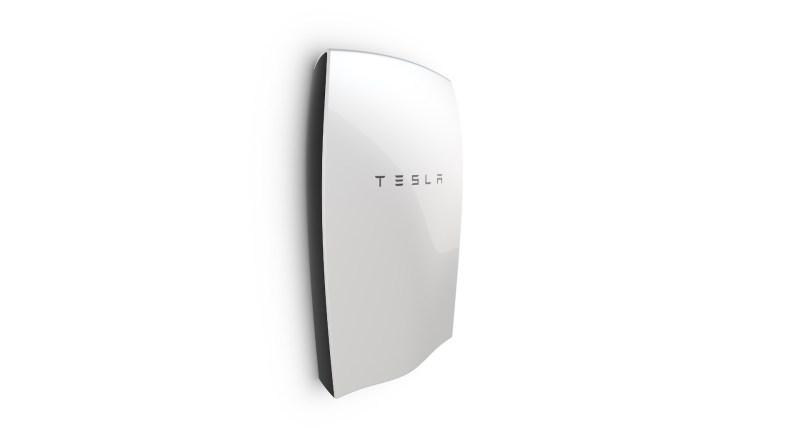 Die Tesla Powerwall speichert Strom für die Industrie und den Privathaushalt. Bildquelle: Tesla Motors