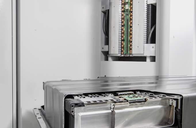 Diese Stromspeicherlösung ist für Unternehmen, die Stromspeicher für Privathaushalte fallen entsprechend kleiner aus. Bildquelle: Daimler AG