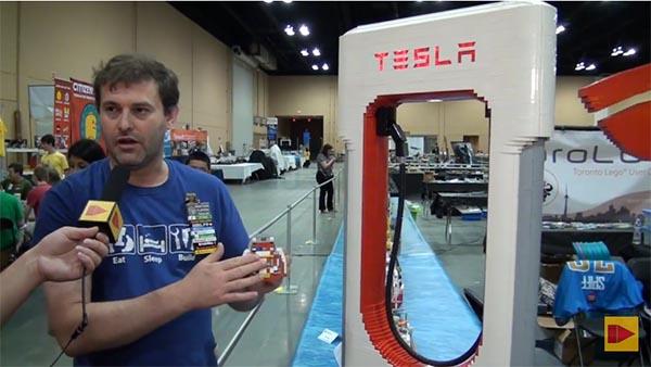 Tesla Motors ist auch auf der Brickworld ein Thema. Bildquelle: Youtube, User: Beyond the Brick
