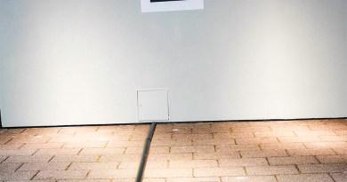 Audi will in Zukunft Plug-In als auch Elektroautos per Induktion mit seinem Wireless Charging System aufladen, hier zu sehen auf der IAA Frankfurt 2015).