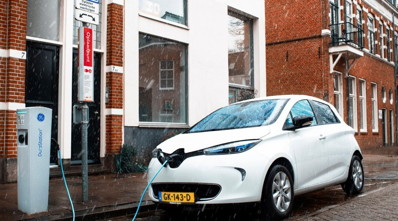 Mit 150 Zoë-Elektroautos nimmt Renault am Utrechter Solar-Lade-Projekt teil. Foto: RDAG/dpp-AutoReporter