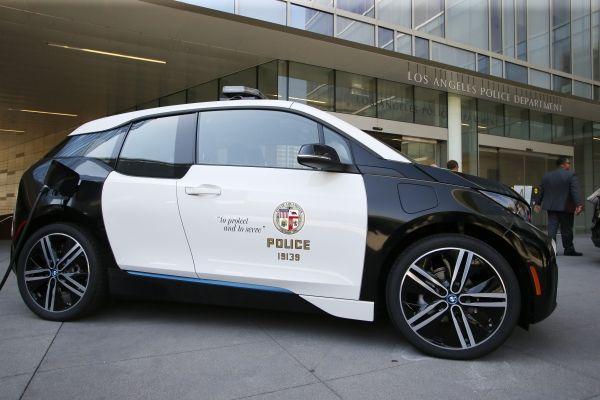 US-Polizei und Londoner Feuerwehr setzen das Elektroauto BMW i3 ein. Bildquelle: BMW Group