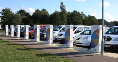 Elektroautos versorgen das Nissan Technical Centre Europe (NTCE) künftig mit Energie: Das europäische Forschungs- und Entwicklungszentrum im britischen Cranfield erhält als erste Einrichtung der Marke in Europa nun Vehicle-to-Grid (V2G) Anlagen. Insgesamt acht Ladestationen werden in Zusammenarbeit mit dem multinationalen Energieversorger Enel installiert. Bildquelle: Nissan