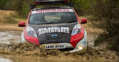 """Im Elektroauto von Europa nach Asien: """"Plug In Adventures"""" wagt den Selbstversuch und startet mit einem Nissan Leaf bei der Mongol Rally. Die abenteuerreiche Langstrecken-Rallye führt im Sommer über rund 16.000 Kilometer von Großbritannien über die Mongolei bis nach Sibirien. Ein Elektroauto ist in diesem Jahr erstmals dabei. Um jedoch die Herausforderungen der Langstreckenfahrt zu meistern, wurde die Familienlimousine gezielt modifiziert zum Nissan Leaf AT-EV (All Terrain Electric Vehicle). Bildquelle: Nissan"""