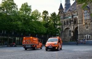Die Aachener Stadtbetriebe setzen 2 Einheiten des Elektroauto Nissan e-NV200 als Müllkipper ein. Bildquelle: Nissan