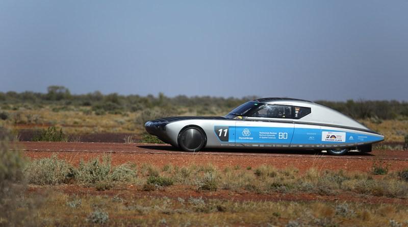 Das Solar-Elektroauto Bluecruiser der Hochschule Bochum in Australien. Bildquelle: Hochschule Bochum
