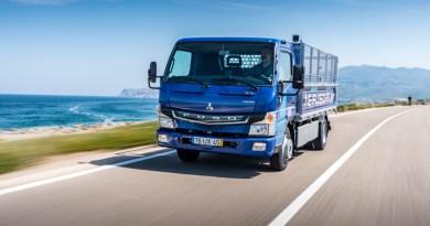 FUSO eCanter Übergabe an den ersten Kunden in Lissabon. 06.07.2018. FUSO eCanter handover to the first costumer in Lisbon. 06.07.2018. Bildquelle: Daimler AG