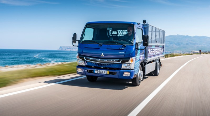 FUSO eCanter Übergabe an den ersten Kunden in Lissabon. 06.07.2018. FUSO eCanter handover to the first costumer in Lisbon. 06.07.2018. Bildquelle: Daimler AG
