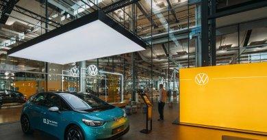 Elektroauto VW ID3 wird in eigenen ID. Stores verkauft