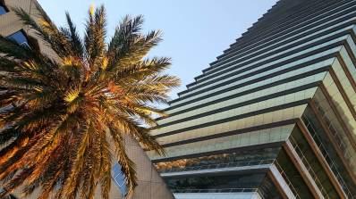 Hochhaus am Hafen von Barcelona