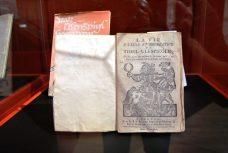 Das Werk wurde schon recht früh in verschiedene Sprachen übersetzt.