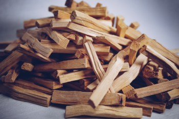 1 kg Palo Santo Sticks der Besten Qualität für 125€. Kernholz. Das Herz des Baumes.