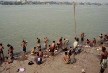 Reinigendes Bad im Ganges