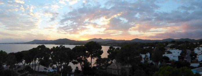 Blick auf die Bucht von Son Severa vom Hotel aus