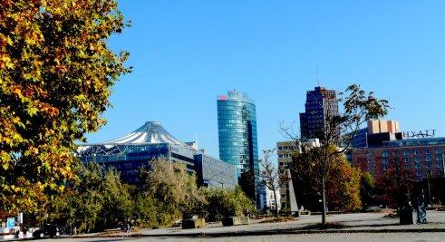 Herbstlicher Blick auf Potsdamer Platz