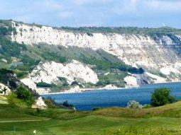 Wilde Küstenlandschaft am Golfplatz