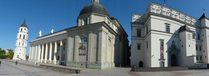 Kathedrale, Glockenturm und Großfürstenpalst