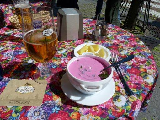 Mittagspause mit Bortsch