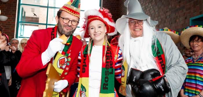 Rathausstürmung: Liesborner Narrenvolk reißt Amtsgeschäfte an sich [+BILDERGALERIE]