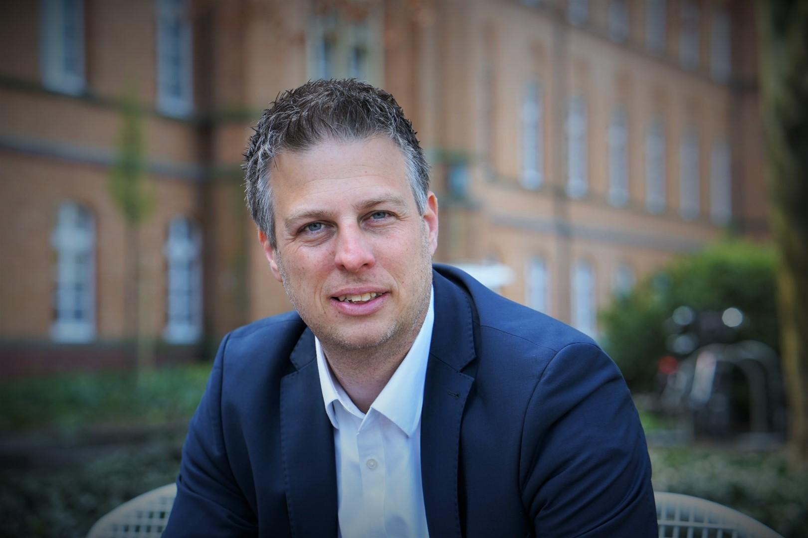 Dennis Kocker