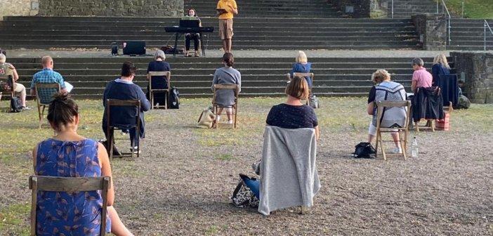 MGC Diestedde: Open-Air-Chorprobe auf dem Burgplatz in Stromberg