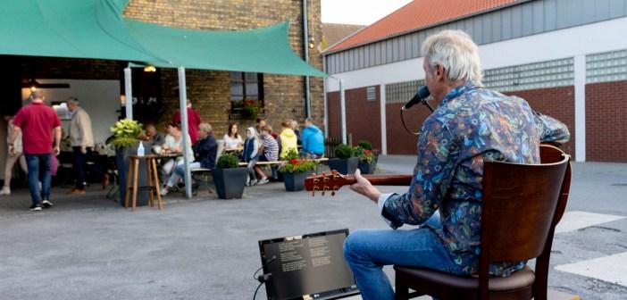 Johannes Brand solo bei Eusterschulte: Endlich wieder Kultur. Endlich wieder Musik!