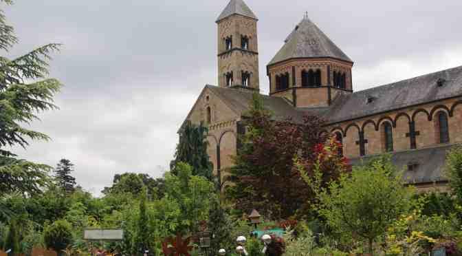 Magische Orte in der Eifel – die Klostergärtnerei von Maria Laach