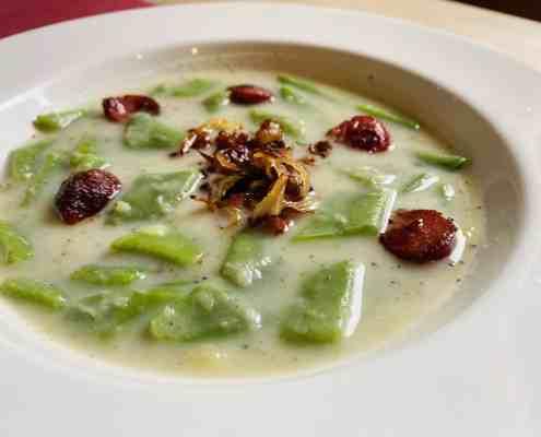 Eifeler Bohnensuppe mit Speck