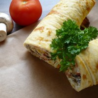 Pizza-Rolle ohne Mehl, Low Carb
