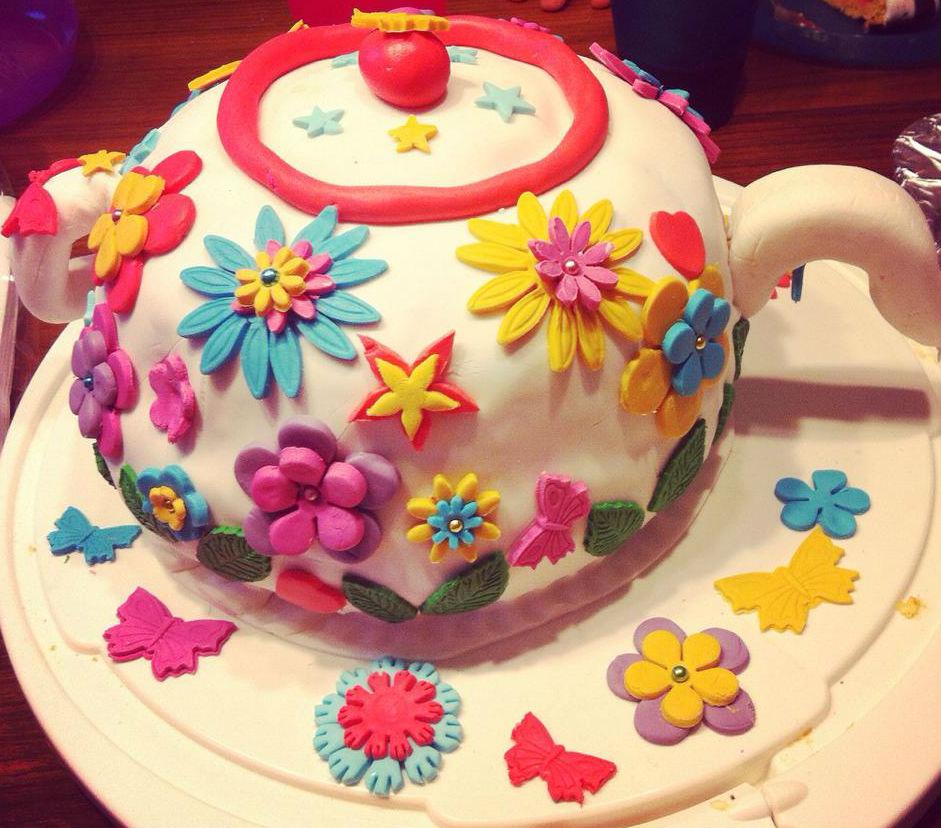 Anleitung fr eine Torte als Teekanne