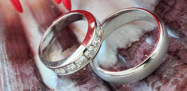 Heiraten mit meinHochzeitsRatgeberde  Brautmode